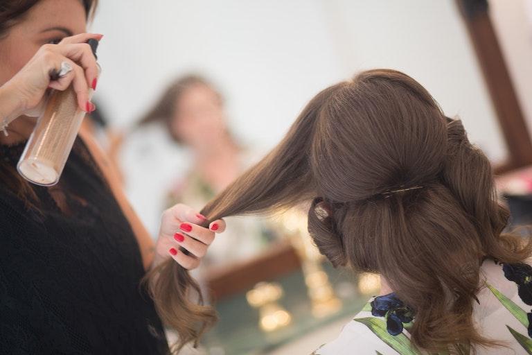 Damen- und Herrenfriseur bei Mix & Match - Beauty & Spa in München